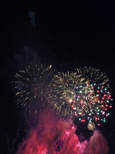 #Tumblr sanguined:  Fireworks at New Years countdown colorful and...
