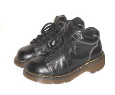 Dr. Martens Air Wair Women's Black Leather 8542 Ankle Boot England UK 6 US 8 #DrMartens #LowLaceUpAnkleBoot
