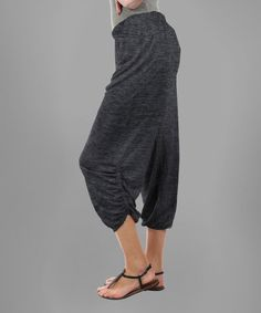 This Deep Gray Ruched Crop Pants is perfect! #zulilyfinds