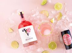 """To show you how versatile our Bloom and Limón 100% Natural, 0% Alcohol Botanical Spirits are, we bring you our beautiful weekly cocktail recipe –  The Rosy Paloma  Bring some ceremony to the act of """"not-drinking""""! Decorate the rim of your glass, garnish your drink with well paired herbs and fruit, get creative with your ice cubes and don't forget to take a photo and tag us 😉 . • 25ml Vermont Bloom Botanical Spirit • Fitch & Leedes Grapefruit Tonic • juice of 1/2 grapefruit • 1 tablespoon… Cocktail Recipes, Cocktails, Ice Cubes, How To Take Photos, Vermont, Grapefruit, Drinking, Juice, Forget"""