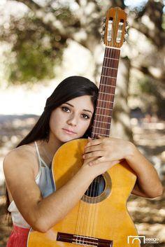 Elizabeth Olmos