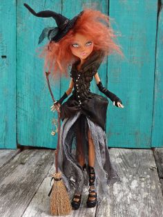 Your place to buy and sell all things handmade Witch Monster High Cleo doll repaint by Marina OOAK by Marinart. Custom Monster High Dolls, Monster Dolls, Monster High Repaint, Custom Dolls, Ooak Dolls, Art Dolls, Ever After Dolls, Halloween Doll, Halloween Witches