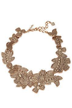 Вещь дня: ожерелье Oscar de la Renta:Застывшее в кружеве золоченое олово