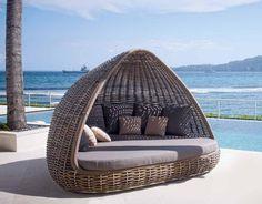 Designer-Sofa SHADE. Ihr Online-Shop für dekorative Gartenmöbel.