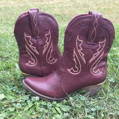 Proceed to Party Cowboy Boot