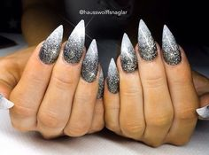 Black and white ombré glitter stiletto nails - diy nail - Black and white ombré glitter stiletto nails # stiletto nail Informations A - Stiletto Nails Glitter, Glitter Acrylics, Holographic Nails, Matte Nails, Black Ombre Nails, White Ombre, Red Ombre, Black Glitter, Black Wedding Nails