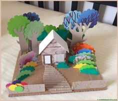 House in the woods diorama made of recycled cardboard House in the woods diorama made of recycled cardboard Projects For Kids, Diy For Kids, Craft Projects, Crafts For Kids, Cardboard Crafts, Paper Crafts, Diy Paper, Fun Crafts, Diy And Crafts