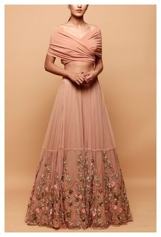 Party Wear Indian Dresses, Designer Party Wear Dresses, Indian Gowns Dresses, Indian Bridal Outfits, Party Wear Lehenga, Indian Fashion Dresses, Dress Indian Style, Indian Designer Outfits, Gown Party Wear
