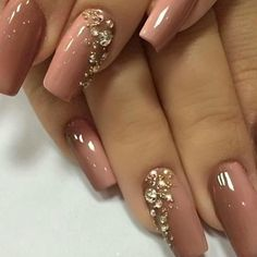 Merveilleux couleur de vernis à ongles tendance 2018 - Fancy Nails, Trendy Nails, Cute Nails, Rhinestone Nails, Bling Nails, Glitter Nails, Rhinestone Nail Designs, Jewel Nails, Fabulous Nails