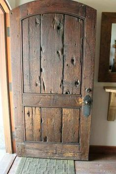 Beautiful rustic wood door  http://renovandlove.com/entreprise-renovation-ile-de-france/  Renov&Love - Entreprise de Rénovation 12 route du pavé des gardes, bat 5 92370 chaville 09 70 73 18 99  #renovation #appartement #paris #déco #maison #decorateur #decoration #relooking #cuisine #salledebain #studio