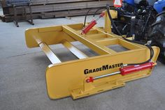 GradeMaster builds road leveling blades that fit the kind of tracter you own.We can build custom blades for tractors or skid steers Garden Tractor Attachments, Skid Steer Attachments, Tractor Accessories, Welder Shirts, Utility Tractor, Tractor Implements, Yard Tools, Compact Tractors, Engin