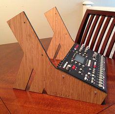 Elektron Cheeks Bamboo Home Studio Desk, Studio Equipment, Recording Studio, Studio Ideas, Lab, Bamboo, Design, Home Decor, Style