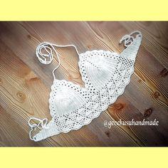 gecekusuhandmade:: Örgü bikini üst büstiyer sipariş ve bilgi için dm whatsapp #örgübikini#orgubikini#bikini#bikinitop#beach#beachwear#croppedcroche#crochettop#crochetbikiniph#crochetbikinitop#handmade#handmadehalter#handmadebikini#crochet#fashion#crochethalter#crochetbra#twinhandmade#topcropped#bodrum#antalya#izmir#kusadasi#muğla#holiday#elemeği#pinterest#instafashion#summer#instacrochet