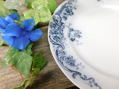 Antique Alfred Meakin Flow Blue Oban Dinner Plate by allthatsvintage56 on Etsy