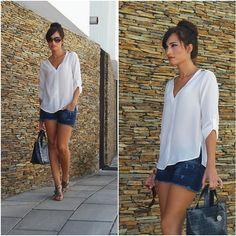 Camisa Shirt  Calções Shorts - Zara Mala Bag - Furla Sandálias . Liliana  GarciaMango ... e58cf6a3d9