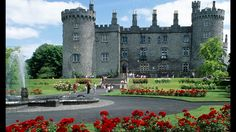 Kilkenny Castle  Kilkenny is a 12th century castle remodelled in Victorian times and set in extensive parklands in the centre of Kilkenny.
