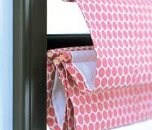 DIY roman blinds: Now just to pick out the fabric! Sewing Hacks, Sewing Crafts, Sewing Projects, Diy Crafts, Window Coverings, Window Treatments, Store Bateau, Diy Roman Shades, Fabric Roman Shades