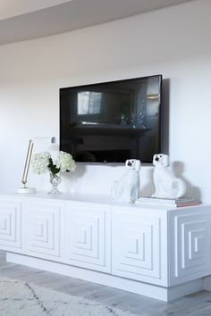 Christine Dovey Home Tour - Media Cabinet I'm soooo going to build this for my living room! Tv Stand Upcycle, My Living Room, Living Spaces, White Credenza, Tv Credenza, Sideboard, Console Tv, Style Me Pretty Living, White Brick Walls
