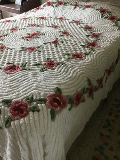Your place to buy and sell all things handmade Vintage Bedspread, Chenille Bedspread, Cabin Crafts, Princess And The Pea, Cozy Room, Queen Size Bedding, Applique Quilts, Bed Sizes, Cottage Chic