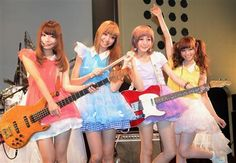 Silent Siren aims to be the female SMAP