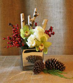 gift arrangement holiday by the aspen  branch www.aspenbranch.com