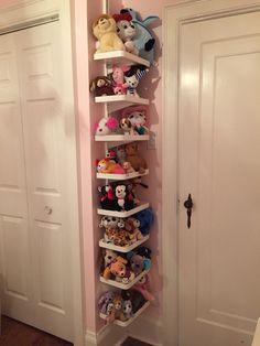 Stuffed animal storage for small room using Ikea Algot shelves