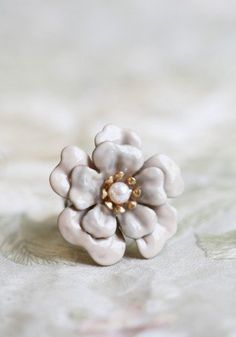 #Ruche                    #ring                     #shabby #chic #indie #flower #ring #Ollipop #ShopRuche.com                    shabby chic indie flower ring by Ollipop at ShopRuche.com                                               http://www.seapai.com/product.aspx?PID=493318