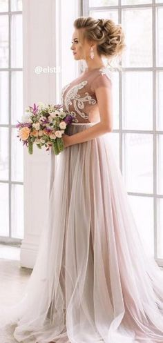 Wedding Hairstyles : Long Wedding Hairstyles from Elstile / / www.himisspuff.co #weddinghairstyles