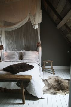 adore this palette - pared down bedroom in chocolate and ivory