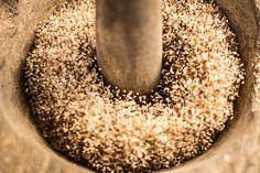 The process of rice Madagascar, Grains, Battle, Rice, Food, Essen, Meals, Seeds, Yemek