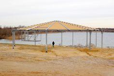 2015 entstand eine neue Bühne mit überdachtem Zuschauerbereich, der Platz für 450 Personen bietet. Stand des Bildes: Januar 2015
