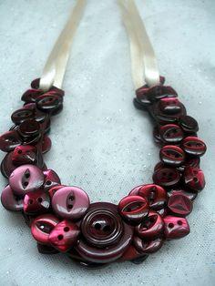 Pretty button necklace on ribbon Fabric Jewelry, Beaded Jewelry, Jewelry Necklaces, Unique Jewelry, Button Jewellery, Diy Buttons, Vintage Buttons, Vintage Rhinestone, Button Necklace
