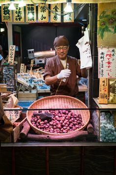 Chestnut vendor, Nishiki Market, Kyoto, Japan