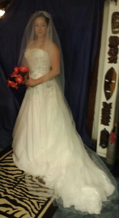 Oleg Casini Wedding Dress Vail And Blusher In Ourglass Garage Sale Fort Gibson