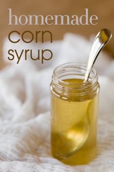 Homemade Corn Syrup You Can Use in Place of the Store-Bought Stuff ~ Cupcake Project For lucky charms marshmallows and cupcakes, etc Homemade Syrup, Homemade Sauce, Homemade Velveeta, Food Storage, Junk Food, Pickles, Do It Yourself Food, Salsa Dulce, Liqueur