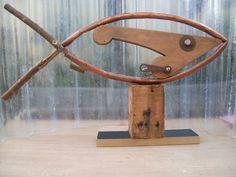 Encontrá Escultura Pez  desde $1.2. Decoración, Arte y más objetos únicos recuperados en MercadoLimbo.com.
