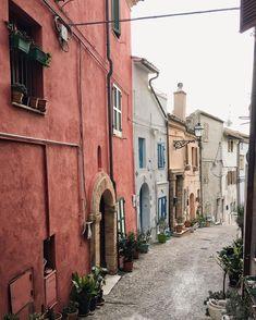 Grottammare, Marche, Italy--Holiday Experience Airbnb  by Francesco -Welcome and enjoy- #europeidicalcio2016  #airbnb  #WonderfulExpo2015  #Wonderfooditaly #MadeinItaly #slowfood  #Basilicata #Toscana #Lombardia #Marche  #Calabria #Veneto  #Sicilia #Liguria #Pollino #LiveThere #FrancescoBruno    @frbrun   frbrun@tiscali.it