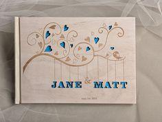 Personalizado Madeira, casamento de madeira Livro de convidados, Bigz Livro de Visitas, Laser gravado, Corações e pássaros