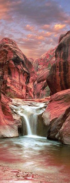 Red Cliffs, Utah, USA