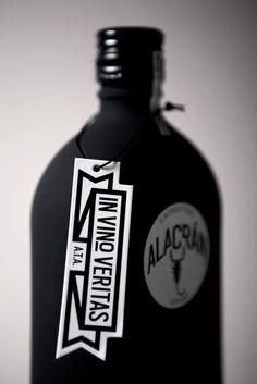 Auténtico Tequila Alacrán by Sociedad Anonima