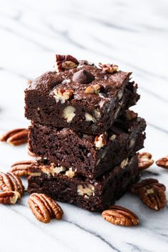 Ultra Fudgy, Sweet & Salty, Bourbon Pecan Brownies - Boozy brownies are the best!