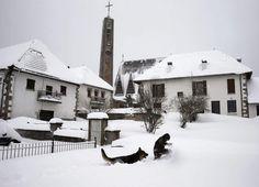Euskal Herria amanece bajo un manto blanco