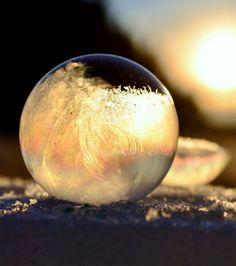 Photo extraite de Découvrez d'incroyables sculptures naturelles formées par la glace (20 photos)