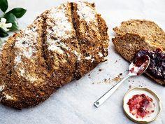overnight spelt and rye bread