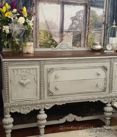 Plain+Old+Brown+Jacobean+Buffet+to+Beautiful+Buffet