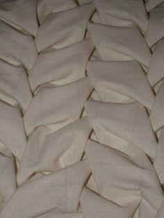Lattice Smocking for leaf like textures - fabric manipulation sample for dimensional surface patterns // Sharifa Khanum