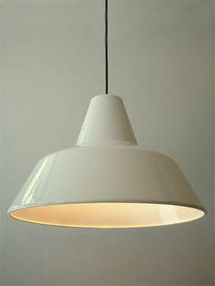 White enamel industrial lamp