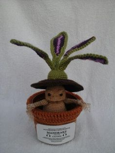 My finished harry potter inspired crochet mandrake plant, made up pattern inspir. : My finished harry potter inspired crochet mandrake plant, made up pattern inspired by ones id seen on pinterst! Crochet Art, Crochet Gifts, Crochet Animals, Crochet Dolls, Crochet Flowers, Crochet Patterns, Harry Potter Crochet, Harry Potter Diy, Yarn Projects