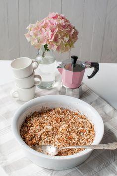 Gluten free, refined sugar free and vegan rhubarb granola breakfast bake.