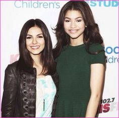 Zendaya Coleman Meets Victoria Justice Two amazing talented and beautiful gals <3